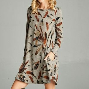 Love kuza feather dress with pockets
